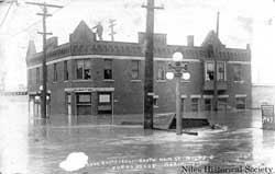 Gilmore Restaurant on South Main Sreet. during the 1913 flood