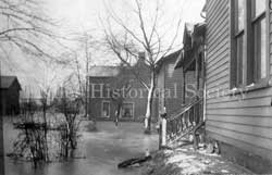 Picture of home in South side during the flood 1913.