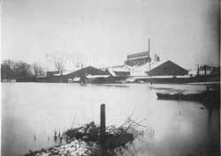 Ohio Galvanizing & Mfg. Co.during 1913 flood.