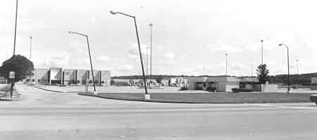 Front of the Eastwood Mall, highlighting the Strouss Department Store, 1976.