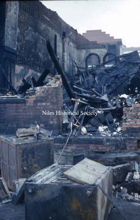 The photographs below show various scenes from the Hoffman Fire.